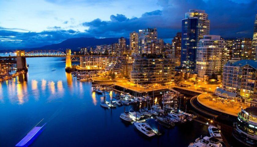 الهجرة إلى كندا-Mogtma3.com